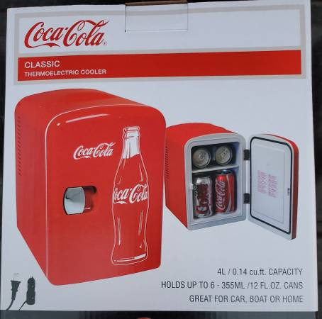 Photo Coca-Cola Thermoelectric Cooler great for Boat Car Home Coke New InBox - $30 (Lakeside Marblehead)
