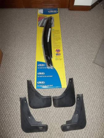 Photo Encore and Trax Vent Visors and mud flaps NICE USED - $35 (Amherst)