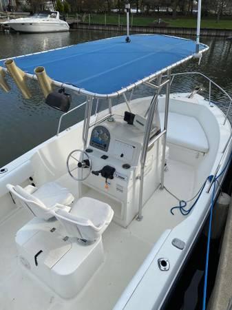 Photo Glastron Center Console Boat-Great condition  - $22,500 (Sandusky)