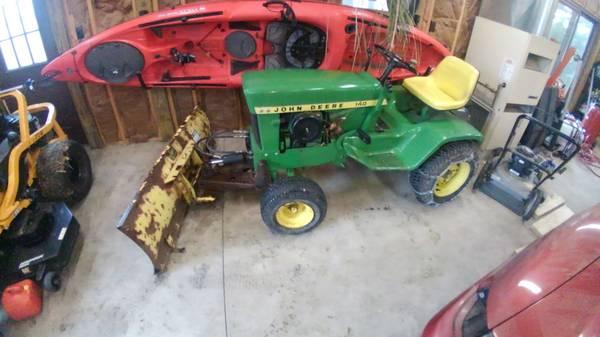 Photo John Deere 140 H3 - $1200 (Clyde)