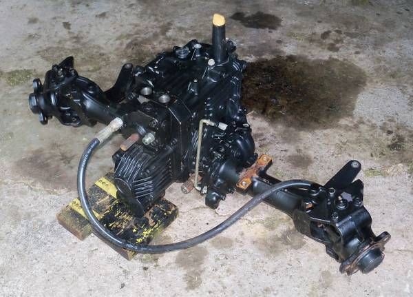 Photo John Deere 425 445 455 AWS All Wheel Steer Transaxle Differential - $550 (Huron, OH)