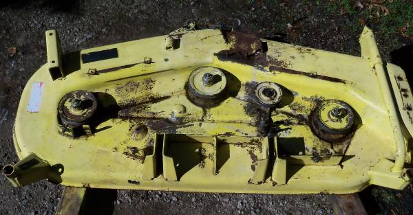 Photo John Deere 430 420 60 Mower Deck Shell, Spindles, 400, Grease Fittings - $600 (Huron, OH)