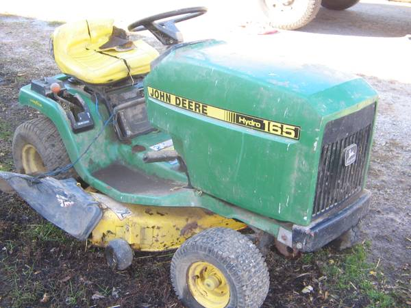 Photo John Deere STX38 riding lawn mower (has different hood) - $210 (Clyde, OH)