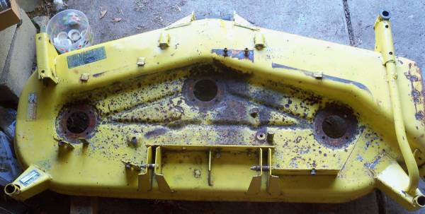 Photo LATE STYLE John Deere 430 420 Mower Deck 60quot Shell ONLY - $225 (Huron, OH)