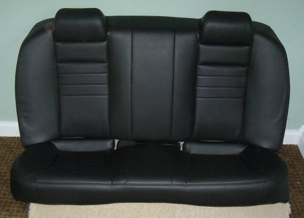 Photo NEW 2020 Dodge Charger Black REAR SEAT - $300 (Huron, OH)
