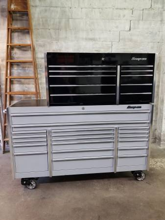 Photo Snap-on master series top toolbox - $2,000 (Sandusky)