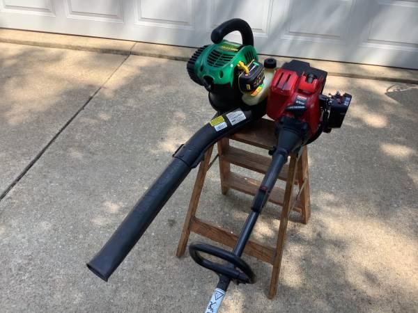 Photo Weed eater blower Craftsman trimmer - $30 (Sandusky)
