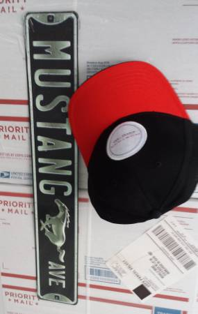 Photo new Ford Mustang Lot Metal Sign and Snapback Hat - $20 (Lakeside Marblehead)