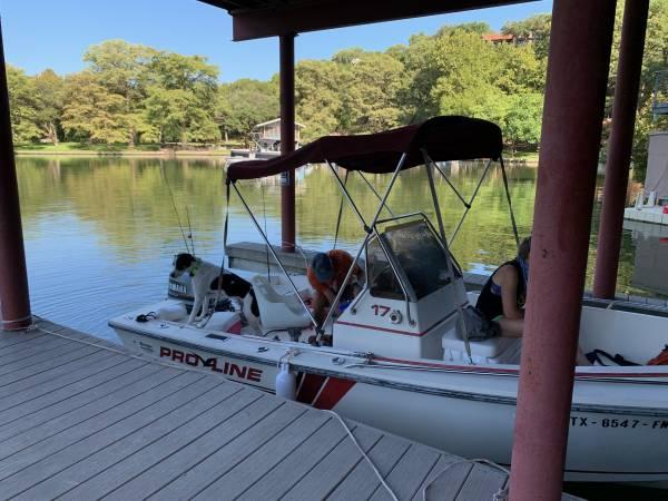 Photo 17ft 1989 Pro Line Sportsman bay boat - $3,600 (lake austin)