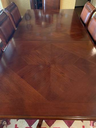 Photo Estate Sale - Beautiful Wood Dining Table and 8 Chairs - $525 (New Braunfels - River Chase)