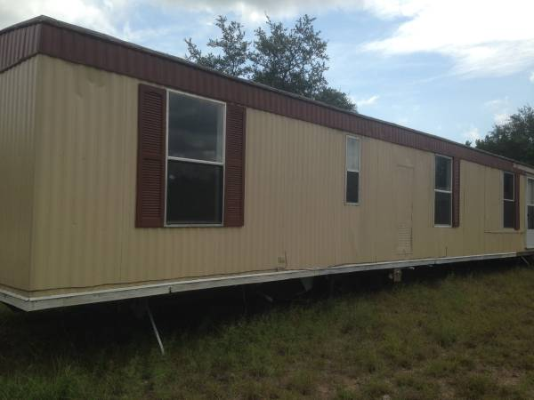 Photo FREE (LAST CHANCE)  Mobile Home (Canyon Lake)
