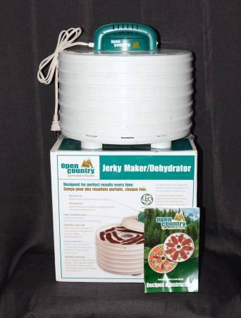 Photo Food Dehydrator  Jerky Maker - Open Country FD-28SK 7 Tray 350 Watt - $35 (San Marcos)