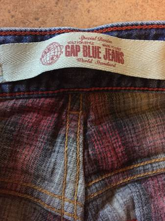 Photo GAP flannel lined warm denim jeans 32 x 32 - $8 (SteckMopac)