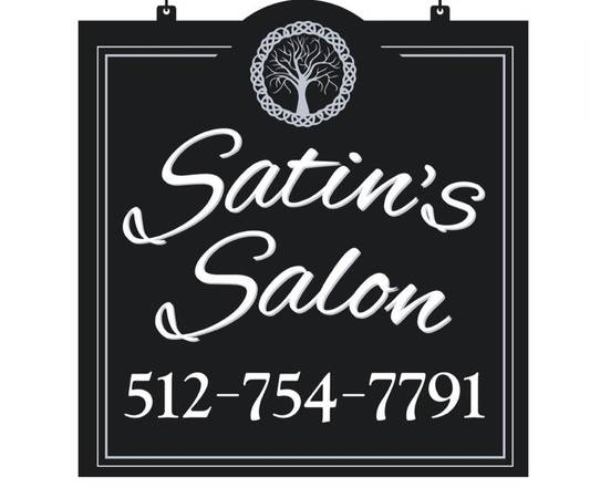 Photo Hairstylist booth rent available downtown San Marcos Salon (San Marcos)