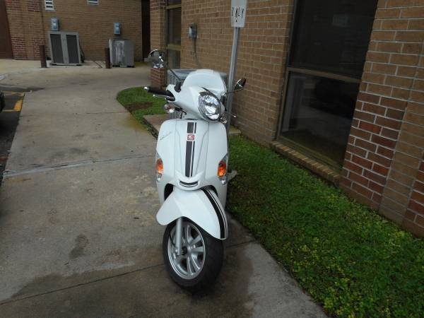 Photo Kymco Like 200i - $1,200 (Austin Tx)