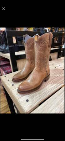 Photo Lucchese Tan Mad Dog Goat Roper - $400 (San Marcos)