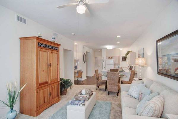 Photo MOVE IN READY Spacious Senior(55) Home 2 Beds-1 Bath for only $975 (San Marcos)