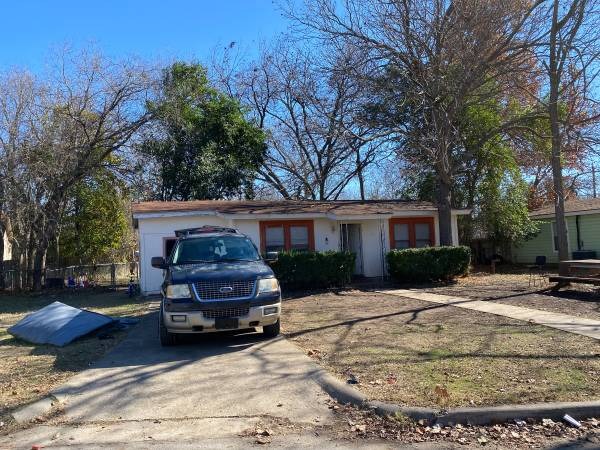 Photo San Marcos OFF MARKET Property Available (San Marcos, TX)