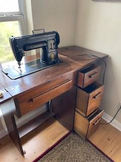 Photo Singer 301 Sewing Machine with Cabinet - $150 (Canyon Lake, TX)