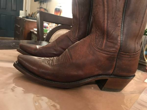 Photo Size 8 Ladies Lucchese Cowboy Boots - $175 (Wimberley)