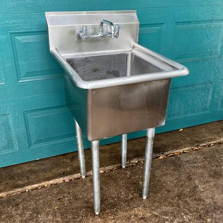 Photo Stainless Steel Commercial Sink, HD drain, faucet, legs - $115 (Austin)