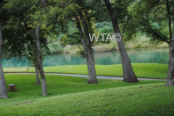 Photo Superb Location AND So Many Amenities (New Braunfels)