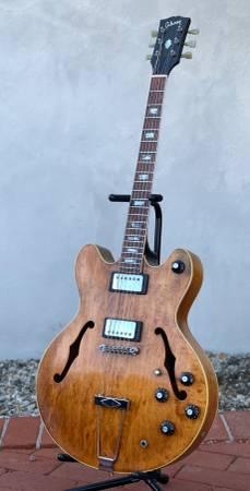 Photo 1972 Gibson ES-150DC - Walnut - $1500 (Riviera)
