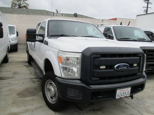 Photo 2013 FORD F250 PICKUP WORK TRUCK CREW CAB 4 X 4 6.2L GAS 8FT BED - $16500 (GARDENA)