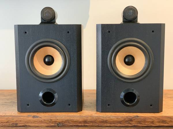Photo Bowers and Wilkins, BW Matrix 805 Speakers - $675 (Santa Barbara)