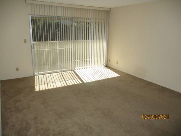 Photo By Old Town Goleta, upstairs, parking, laundry (cm2a) (5512 Armitos Avenue)