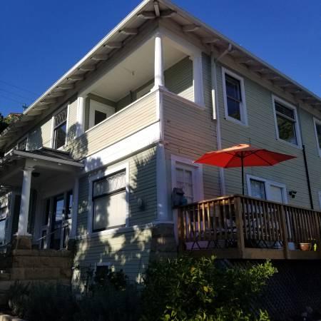 Photo Charming dowstairs studio in beautiful downtown Santa Barbara (Santa Barbara)