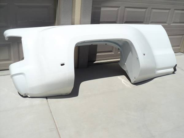 Photo Chevy Dually 2015-2019 Bed Complete Right Side - $490