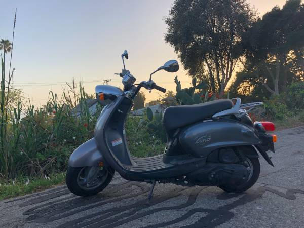 Photo FOR SALE - 2006 Yamaha Vino Scooter - $1,675 (Summerland CA)