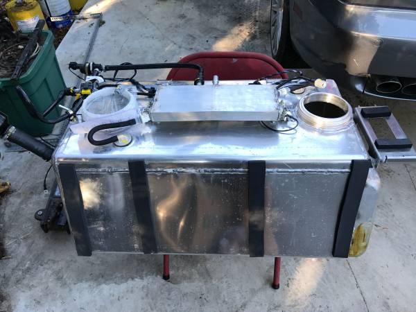 Photo Fuel Cell Gas Tank Aluminum double pump Racing Hot Rod Maserati 20 gal - $150 (Santa Barbara)
