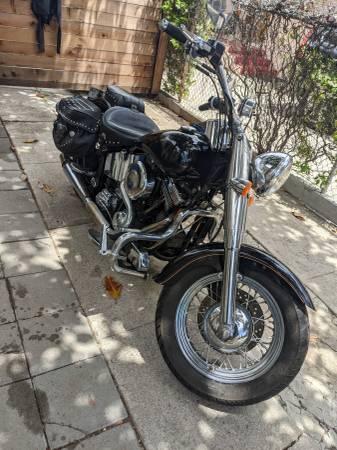 Photo Harley Heritage 1997 new engine - $9,900 (Santa Barbara)