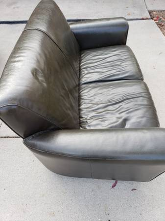 Photo Leather Couch - Two Seater (FREE) (Santa Barbara)