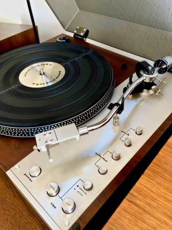 Photo Marantz 6300 DD Turntable - $1,000 (Santa Barbara  Goleta)