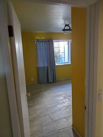 Photo Master Bedroom with bathroom (Goleta Ca)