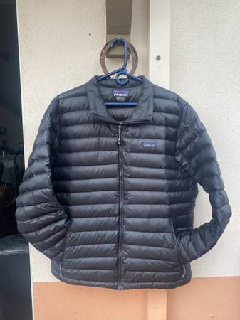 Photo Mens Patagonia Down Sweater (XL) - $130 (Santa Barbara)