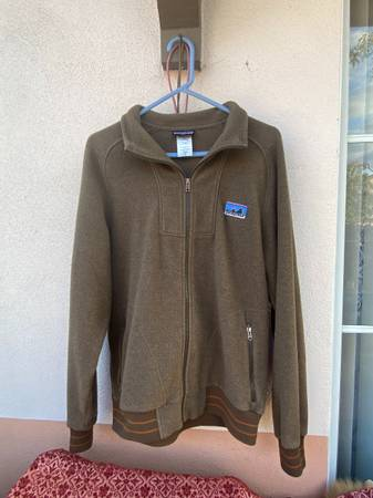 Photo Mens Patagonia Fleece Jacket (M) - $60 (Santa Barbara)