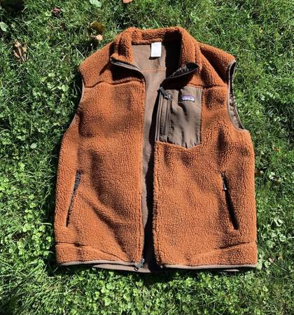 Photo Mens Patagonia Retro-X Vest - $75 (Santa Barbara)