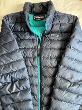 Photo Patagonia womens jacket - $85 (Goleta)
