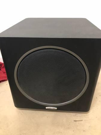 Photo Polk Audio Powered Subwoofer 10 200 watt - $135 (Goleta)