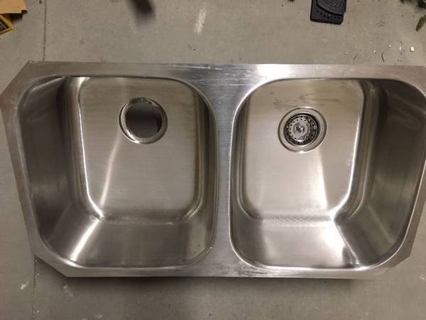 Photo Stainless Steel Sink - $100 (Riviera)