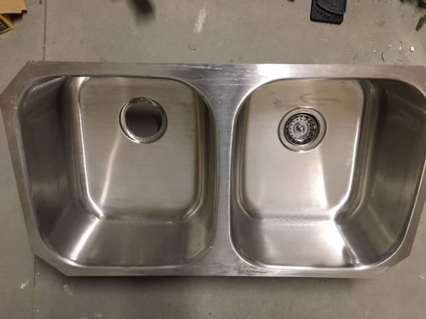 Photo Stainless Steel Sink - $75 (Riviera)