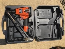 Photo Tiger claw deck fastener Air gun - $175 (sb)