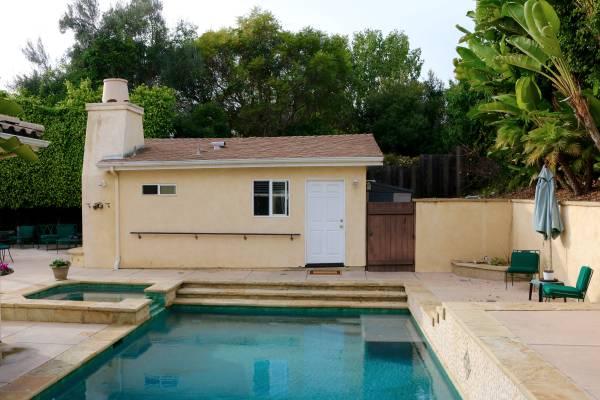 Photo Tropical Guest House for rent (mesa Santa Barbara)