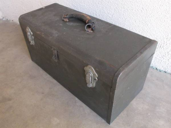 Photo Vintage Craftsman tool box - $10 (Goleta)
