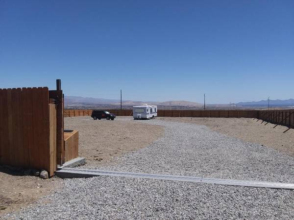 Photo Want 20 acres away from traffic, private and relaxing with freedom (Santa Barbara County)