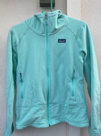 Photo Womens Patagonia Better Sweater Hoodie - $30 (Santa Barbara)